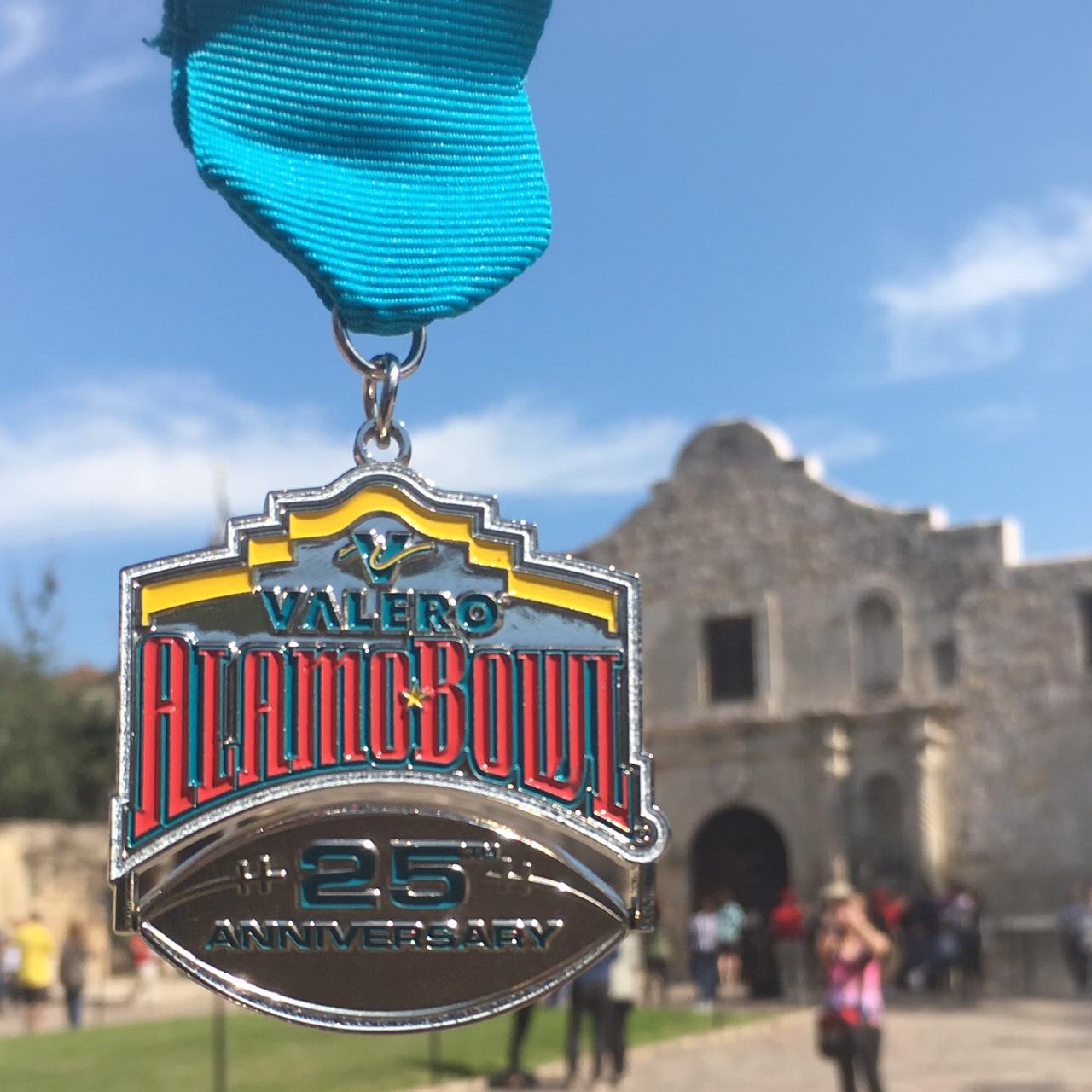 56a82805d3d0d3 2017 Valero Alamo Bowl Fiesta Medal - Valero Alamo Bowl